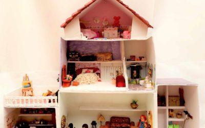Casa de muñecas en cartón para amantes de las manualidades