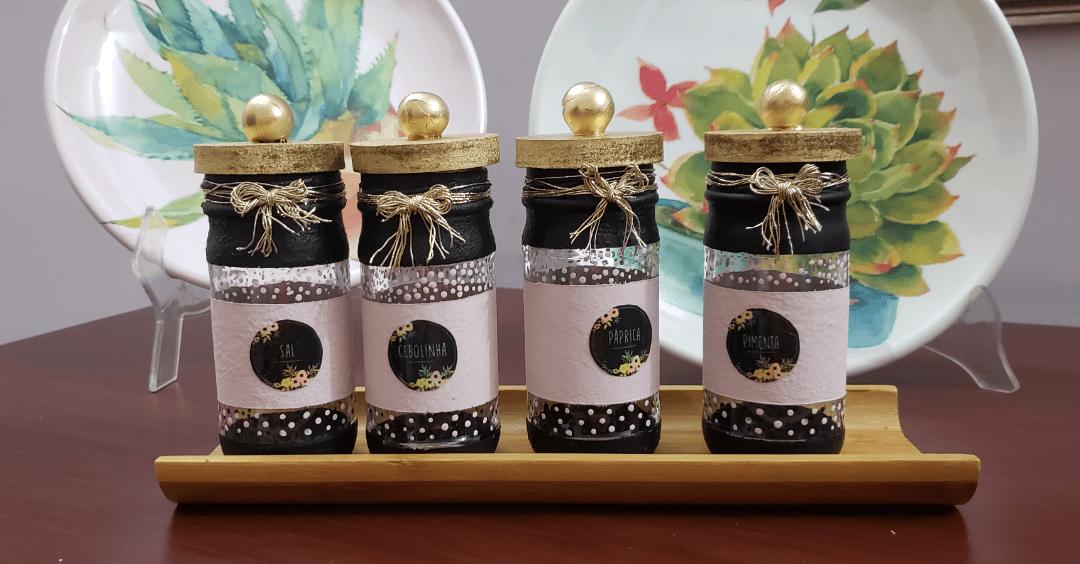 8 Pasos para hacer frascos especieros con reciclaje.