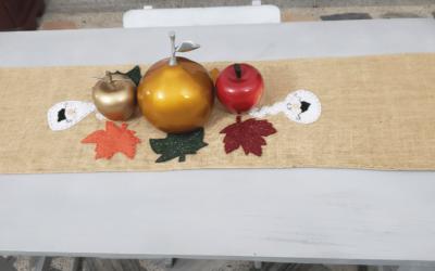 Cómo hacer un camino de mesa para Halloween