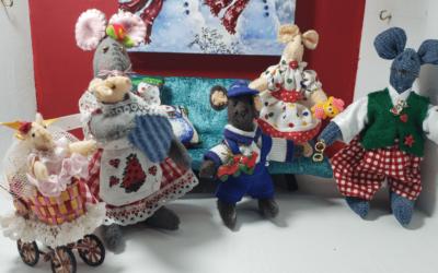 Adorable familia de ratones en navidad. ¡Te encantarán!