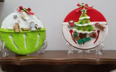 Cómo hacer bellos cuadros con botones navideños en cd